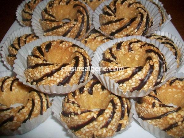 Gâteaux secs aux graines de sésames (Djeldjlane)