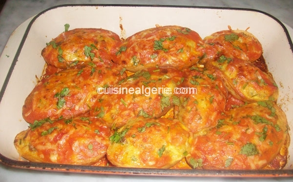 Barquettes de pommes de terre farcis en sauce