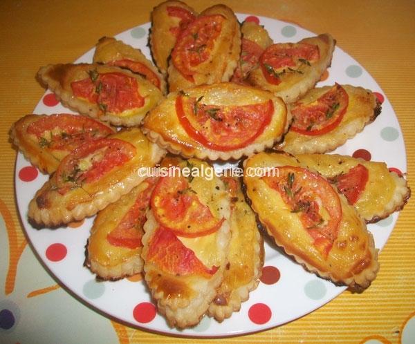 Feuilletés apéritifs aux tomates et fromage