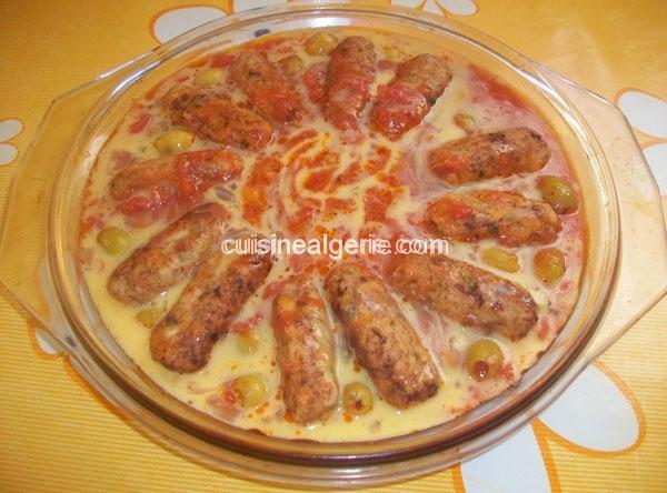 Kefta de poulet, sauce rouge
